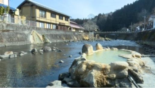 天然炭酸泉の大分県長湯温泉